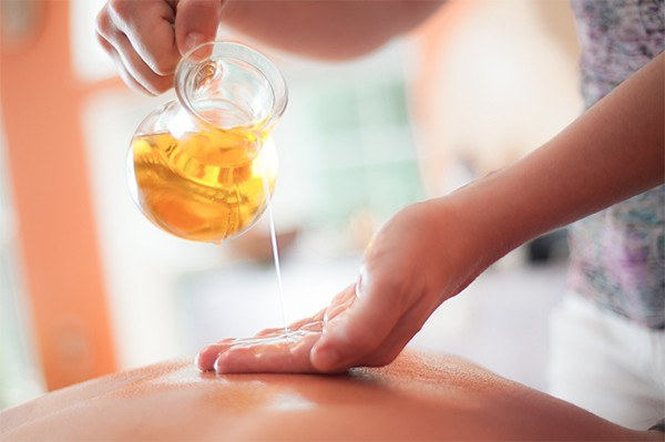 huile amande massage